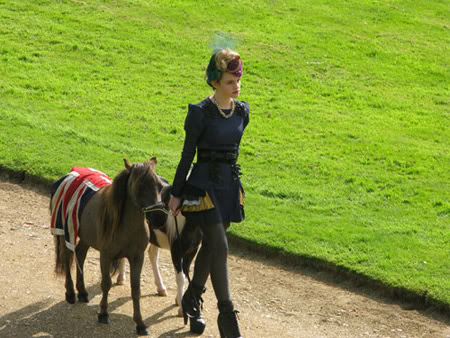 Emma-Watson-and-Little-Pony