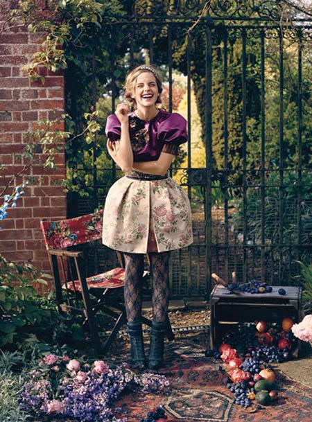Laughing-Emma-Watson